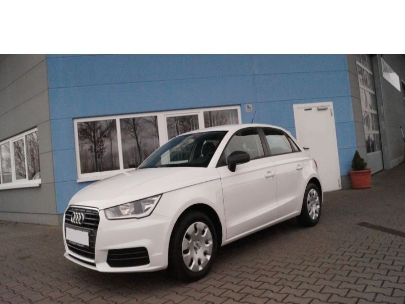 audi a1 sportback 1 0 tfsi 95 cv essence occasion de couleur blanc en vente chez le mandataire. Black Bedroom Furniture Sets. Home Design Ideas