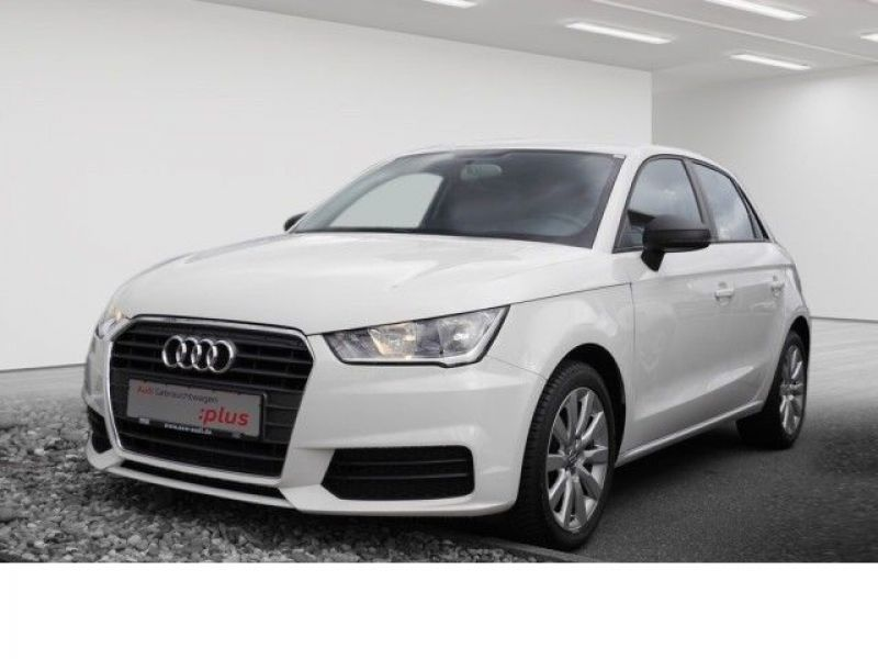 audi a1 sportback 1 0 tfsi 82 cv essence occasion de couleur blanc en vente chez le mandataire. Black Bedroom Furniture Sets. Home Design Ideas