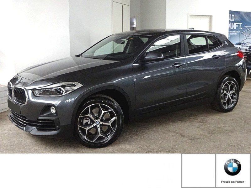 bmw x2 20i 192 essence occasion de couleur gris metallise en vente chez le mandataire auto. Black Bedroom Furniture Sets. Home Design Ideas