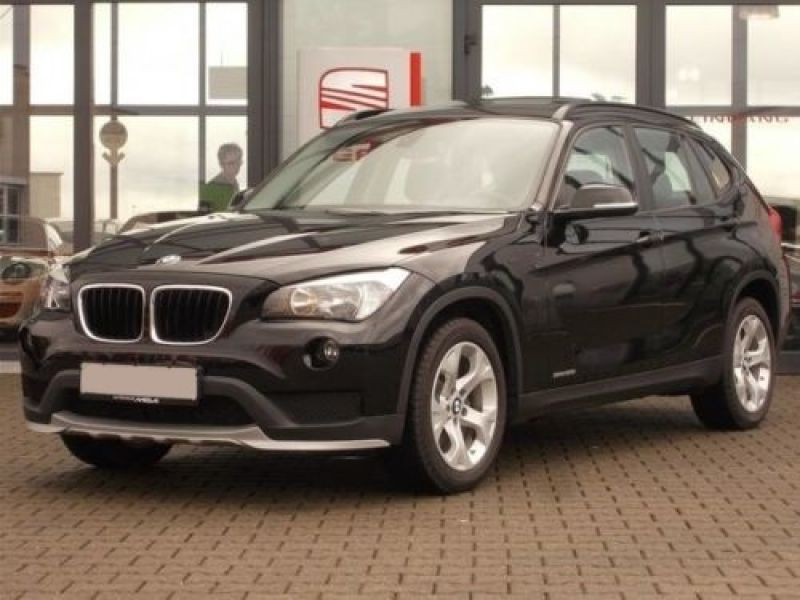 bmw x1 sdrive 28 i 245 ch essence occasion de couleur noir m tallis en vente chez le. Black Bedroom Furniture Sets. Home Design Ideas