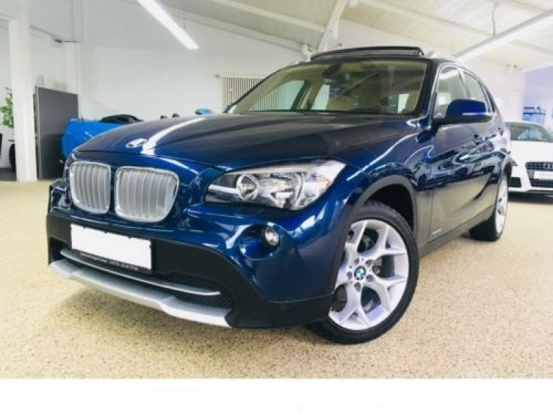 bmw x1 xdrive 28 i 245 ch essence occasion de couleur bleu m tallis en vente chez le. Black Bedroom Furniture Sets. Home Design Ideas