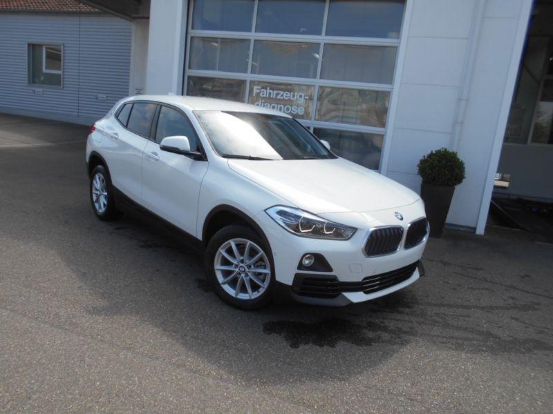 bmw x2 sdrive 18 i 140 essence occasion de couleur blanc en vente chez le mandataire auto. Black Bedroom Furniture Sets. Home Design Ideas