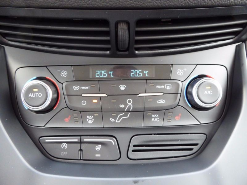 Vente voiture Ford Kuga Essence moins cher - photo 7