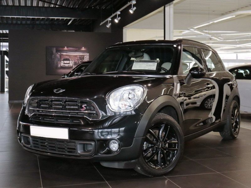 mini countryman cooper sd diesel occasion de couleur noir metallise en vente chez le. Black Bedroom Furniture Sets. Home Design Ideas