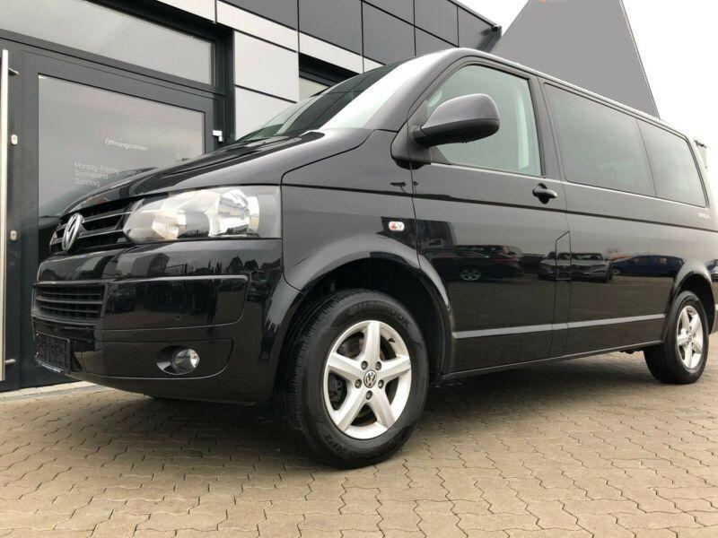 volkswagen multivan t5 2 0 tdi 140 ch 7 places diesel occasion de couleur noir m tallis en. Black Bedroom Furniture Sets. Home Design Ideas